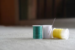 Hilo de coser Fotografía de archivo libre de regalías