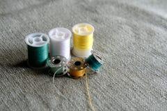 Hilo de coser Fotos de archivo