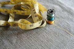 Hilo de coser Imagen de archivo libre de regalías