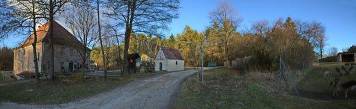 HILPOLTSTEIN NIEMCY, FEB, - 24 2017: Fuchsmuehle, farma blisko Bawarskiego miasta Hilpoltstein Zdjęcia Stock