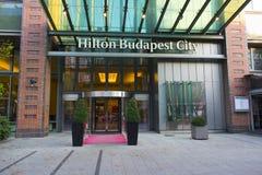 Hilton Budapest miasta Hotelowy wejście w Westend centrum miasta na VÃ ¡ ci ulicie obraz royalty free