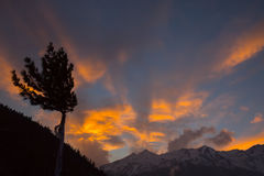 himachal喜马拉雅山印度pradesh西姆拉日落 库存图片
