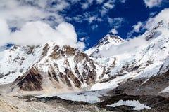Himalaja-Bergspitzen, inspirierend Autumn Landscape Lizenzfreies Stockbild