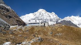 Himalajaberglandschaft in der Annapurna-Region Annapurna-Spitze in der Himalaja-Strecke, Nepal Wanderung niedrigen Lagers Annapur lizenzfreie stockbilder