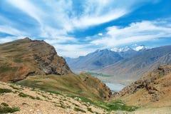 Himalaje góry w indu spiti dolinie Obrazy Royalty Free