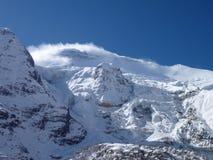 Himalajski pasmo górskie z skałami i śniegiem Obraz Royalty Free