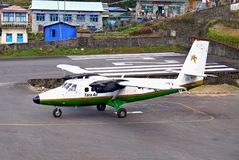 Himalaya aeropuerto, Nepal de los aviones Fotos de archivo libres de regalías