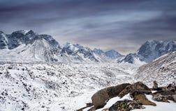 Himalaya berglandskap i den Everest regionen, Nepal, Himalayas Royaltyfria Bilder