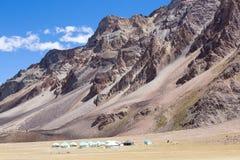 Himalaya längs den Manali-Leh huvudvägen india Arkivbilder