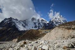 Himalaya landskap Nepal Arkivfoton