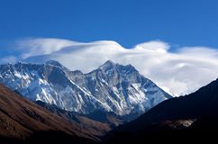 Himalaya mountain landscape in Sagarmatha National Park, Nepal Royalty Free Stock Photos