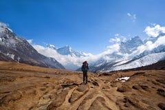 himalaya nepal som trekking Arkivbild
