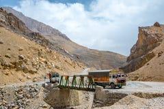 Himalaya vägtur från Manali till Leh i 2015 Arkivfoto