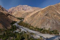 Himalayan bergskedja, Ladakh Arkivbild