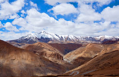Himalayan mountain landscape along Manali - Leh road, India Stock Photography