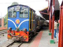 Himalayan railway toy train at Darjeeling station Stock Photography