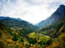 Himalayan village view from road in Parvati Valley, Himachal Pradesh Royalty Free Stock Photography