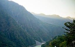 Himalya与早晨光的山脉 库存图片
