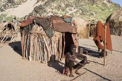 himba部落的人在纳米比亚 免版税库存图片