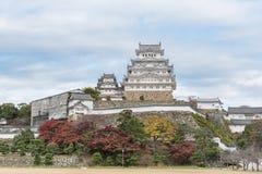 Himeji Grodowy historyczny punkt zwrotny z chmurnym Hyogo, Japan Obraz Royalty Free