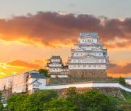 Himeji Grodowy historyczny punkt zwrotny z zmierzchem w Himeji mieście, japa Obrazy Royalty Free