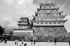 Himeji slott Japan i svartvitt Fotografering för Bildbyråer