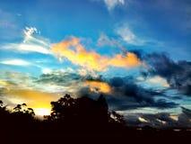 Himlarna över Arkivfoton