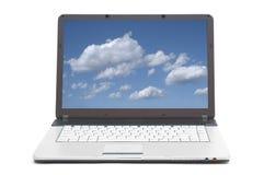 Himmel auf dem Bildschirm des Notizbuches Stockfotografie