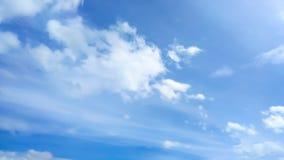 Himmel bewölkt Hintergrund lizenzfreies stockfoto