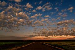 Himmel bewölkt Sternstraßenfelder Stockbild