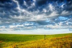 himmel Blitz im Himmel Dunkle Wolken Stockfoto
