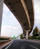 Himmel för den AtenGrekland vägen fördunklar arkitektur Royaltyfria Foton