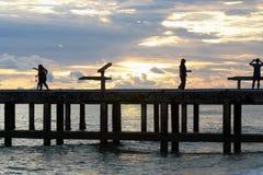 Himmel-Hafen am Abend lizenzfreies stockfoto