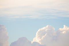Himmel i morgonen Arkivfoton