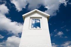 Himmel im Fenster Stockfotografie