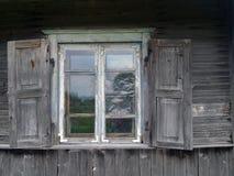 Himmel im Fenster Stockfotos
