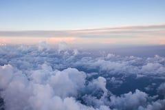 Himmel mögen Wolken gesehen von oben, Flugzeugansicht stockbilder