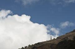 Himmel med monumentet av Jesus Royaltyfria Bilder