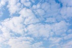 Himmel och moln Fotografering för Bildbyråer