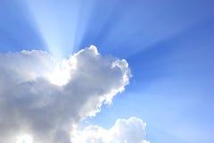 Himmel och moln för solljus blå Royaltyfri Foto