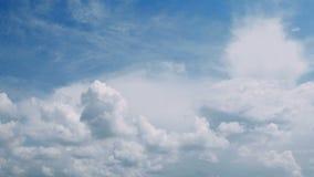 Himmel- och molnTid schackningsperiod arkivfilmer