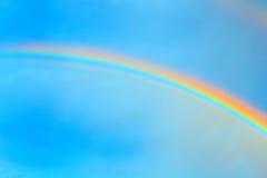 Himmel- och regnbågebakgrund Arkivbilder