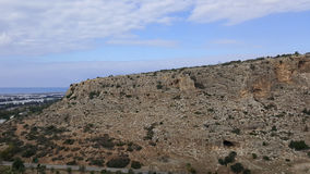 Himmel och vaggar landskap, det medelhavs- naturlandskapet, den Carmel nationalparken Arkivfoton