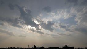 Himmel schaut so nett und so Schönheit stockbild