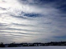 Himmel, Schnee und Landschaft Stockbild