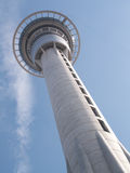 Himmel-Turm von unterhalb Stockfotografie