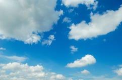 Himmel u. Wolke in Thailand Stockfotografie