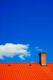 Himmel und Dach Stockfotografie