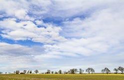 Himmel und ländliche Landschaft Stockfotografie