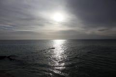Himmel und Meer wenige Minuten vor Sturm Lizenzfreie Stockbilder